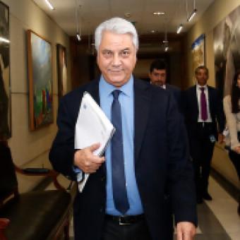 """tehuelche noticias: El incansable conteo del diputado Naranjo para que Piñera responda por su """"playa privada"""""""